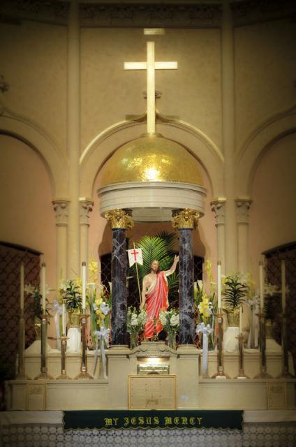 Altar with Risen Christ